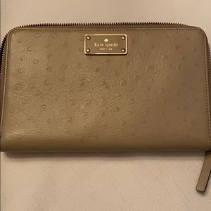 Brand new Kate Spade leather Wallet